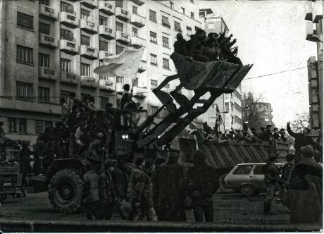 1989 Cu excavatorul la revolutie2005 Niagara
